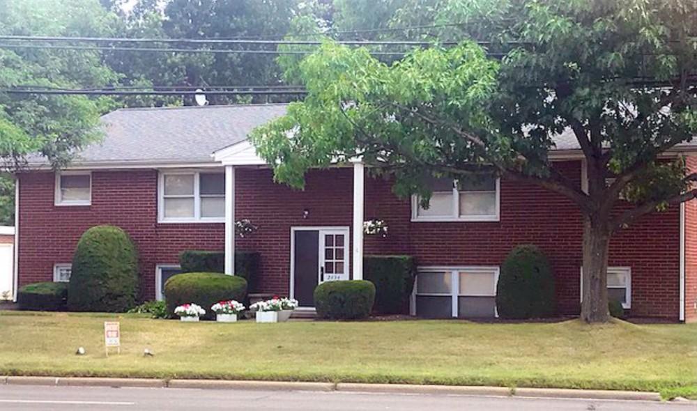 2434 Whipple Ave NW, Canton, Ohio 44708
