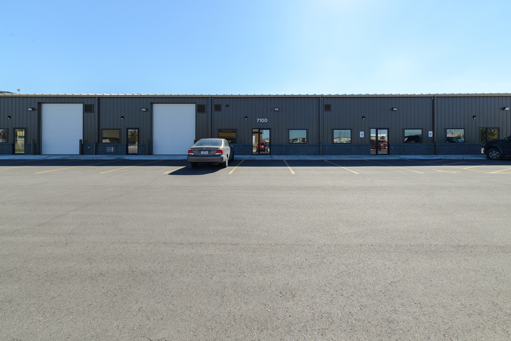 7100 Commercial Ave, 2,118 shop/warehouse, Billings, Montana 59106