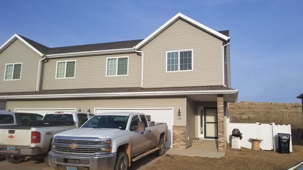 116 8th Street NW, Watford City, North Dakota 58854