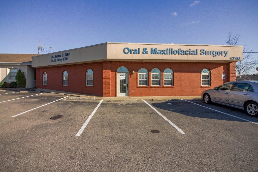 1718 Memorial Dr, Clarksville, TN 37043, Clarksville, Tennessee 37043