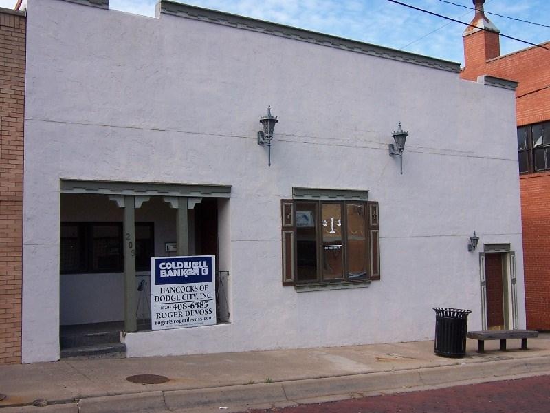 209 W Spruce St, Dodge City, KS 67801, Dodge City, Kansas 67801