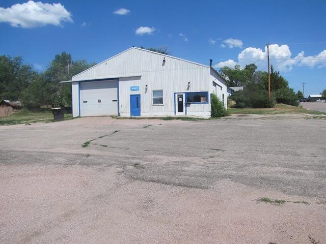 2302 University Ave, Hot Springs, SD 57747, Hot Springs, South Dakota 57747