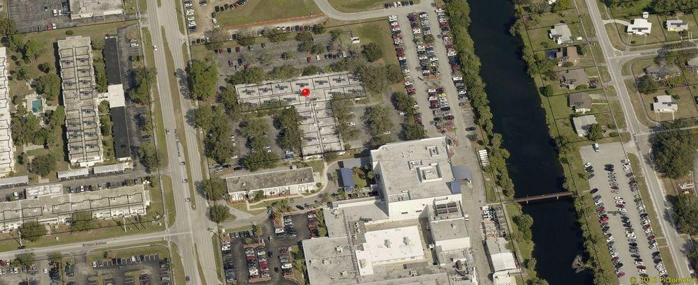 2400 Harbor Blvd, Unit 10, Port Charlotte, Florida 33952