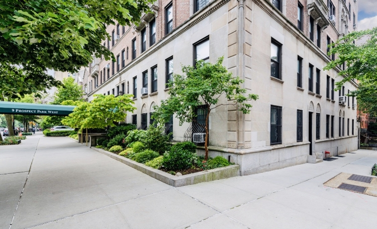 9 PROSPECT PARK WEST, 954 PRESIDENT STREET, Brooklyn, New York 11215